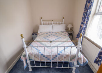 Bedroom O Brien's Holiday Cottage Kinnitty